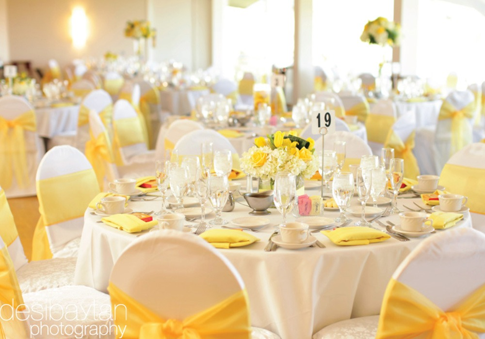 Beautiful Banquet Table Setting Part - 5: Table-setting-wedding-banquet-yellow
