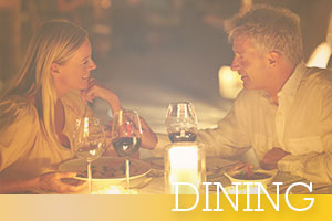 Dining-Happy-candlelit-dinner-for-couple