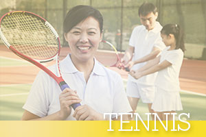 Tennis-woman-smiling-family-background